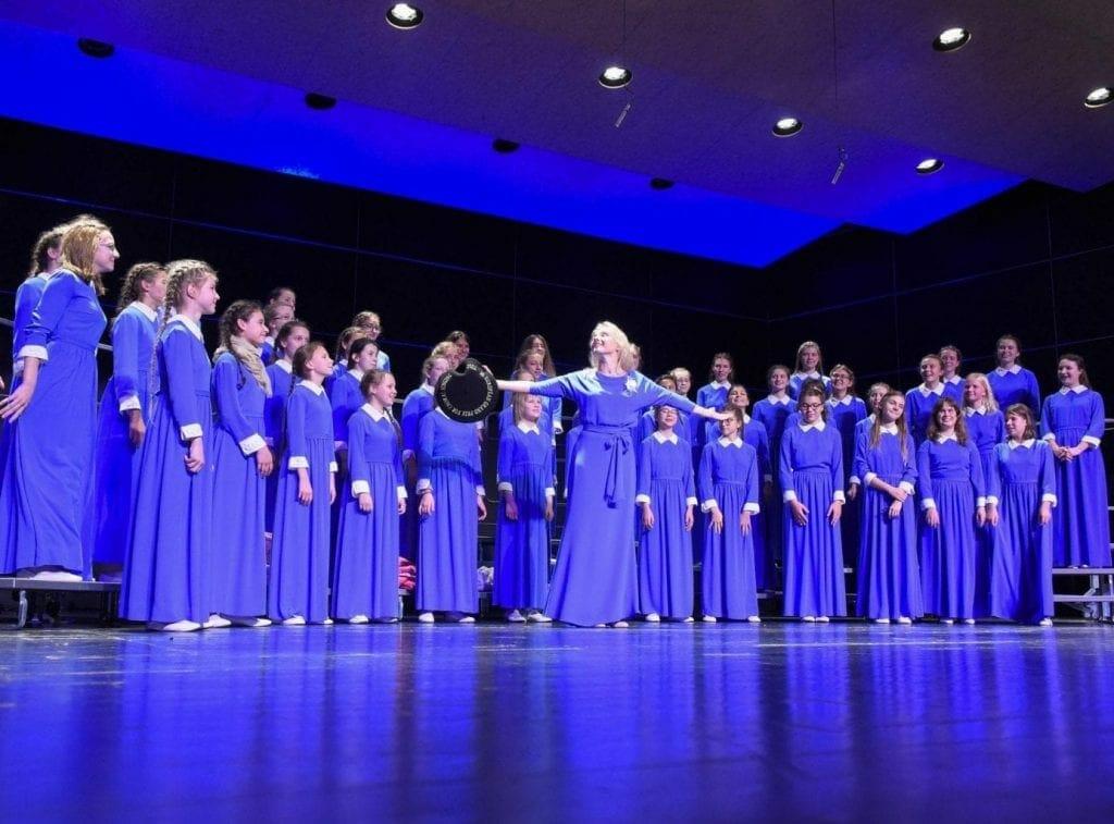 "Ponomaryov ""VESNA"" Children's Choir gana el 29º Gran Premio Europeo 3"