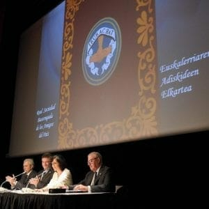 Real Sociedad Bascongada de Amigos del País hace entrega al CIT del Diploma que le acredita como Amigo Colectivo 19