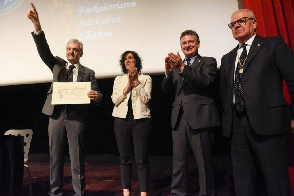 Real Sociedad Bascongada de Amigos del País hace entrega al CIT del Diploma que le acredita como Amigo Colectivo 3